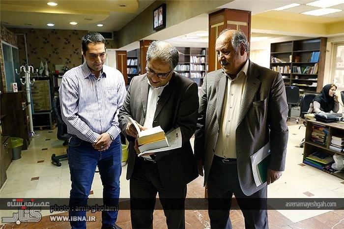 گزارش تصویری میزگرد بررسی سیویکمین دوره نمایشگاه بینالمللی کتاب تهران